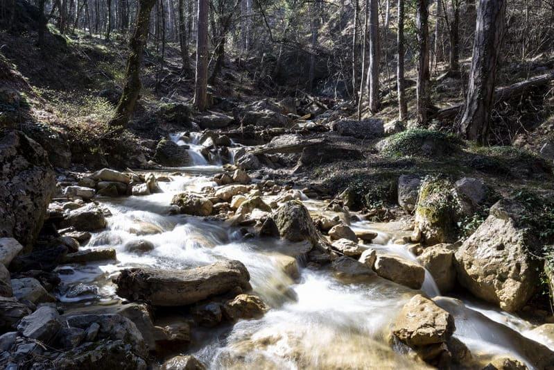 Река водопадная